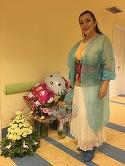 Prima poza cu mama Elenei Gheorghe in rezerva cantaretei! Artista a primit o sumedenie de flori si baloane! FOTO EXCLUSIV!