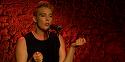 Doliu în lumea muzicii! O cântăreaţă franceză a murit pe scenă, în timpul unui concert