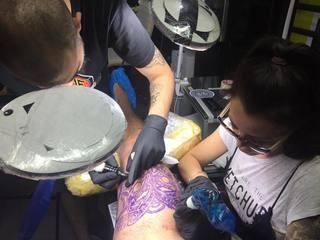"""Baiatul lui Sorin Ovidiu Vantu si-a facut primul tatuaj: """"Este Tumatauenga, zeul maori al razboiului!"""""""