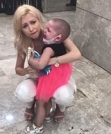 """Andreea Balan, in lacrimi! Fetita din bratele ei are cancer: """"Plang incontinuu si blamez Universul pentru ca este atat de crud"""""""
