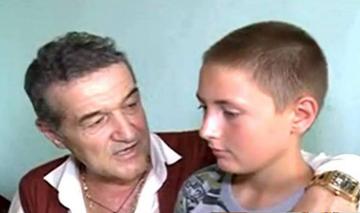"""Marian Ursea, fiul """"adoptiv"""" al lui Gigi Becali, are doar cuvinte de lauda la adresa latifundiarului: """"Cu ajutorul dansului am ajuns la liceu, am o meserie"""""""
