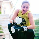 """Fiica sexy a lui Nicu Maharu a practicat cel mai dur sport al barbatilor! Frumoasa Bianca a facut box timp de sapte ani, iar tatal ei a poreclit-o """"Mike Tyson""""!"""