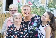 Teo Trandafir, fotografie de colectie! Indragita vedeta, alaturi de fiica, mama si bunica ei