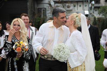 Blestemul nuntilor in aer liber! Marcel Toader si Maria Constantin s-au despartit la doi ani de cand s-au cununat sub cerul liber! Iata ce vedete au mai procedat ca ei si au ajuns la divort!