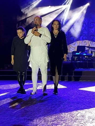 Aparitie emotionanta pentru vaduva compozitorului Dumitru Lupu! Ileana Sipoteanu si fiica ei, Dumitrana, au urcat in lacrimi pe scena festivalului de la Mamaia FOTO