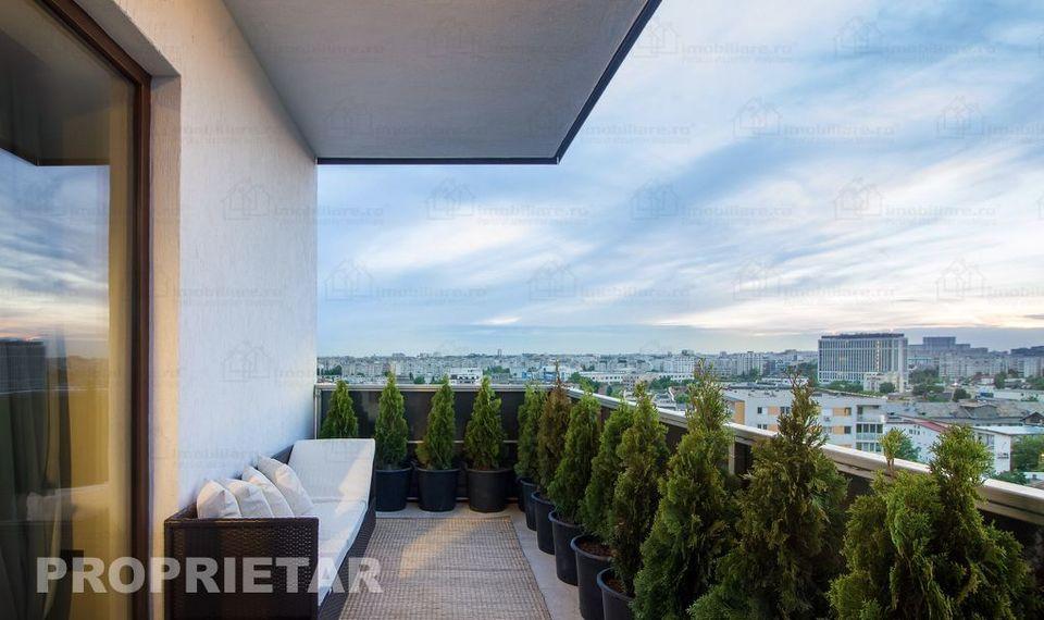"""Un celebru cantaret roman isi prezinta casa de lux pe care a scos-o la vanzare: """"Poate stiti pe cineva care vrea sa locuiasca intr-un apartament ca in reviste!"""" Cere 175.000 de euro pe apartament"""