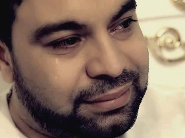 Florin Salam a fost bătut de mai mulţi interlopi! De la ce ar fi pornit scandalul!