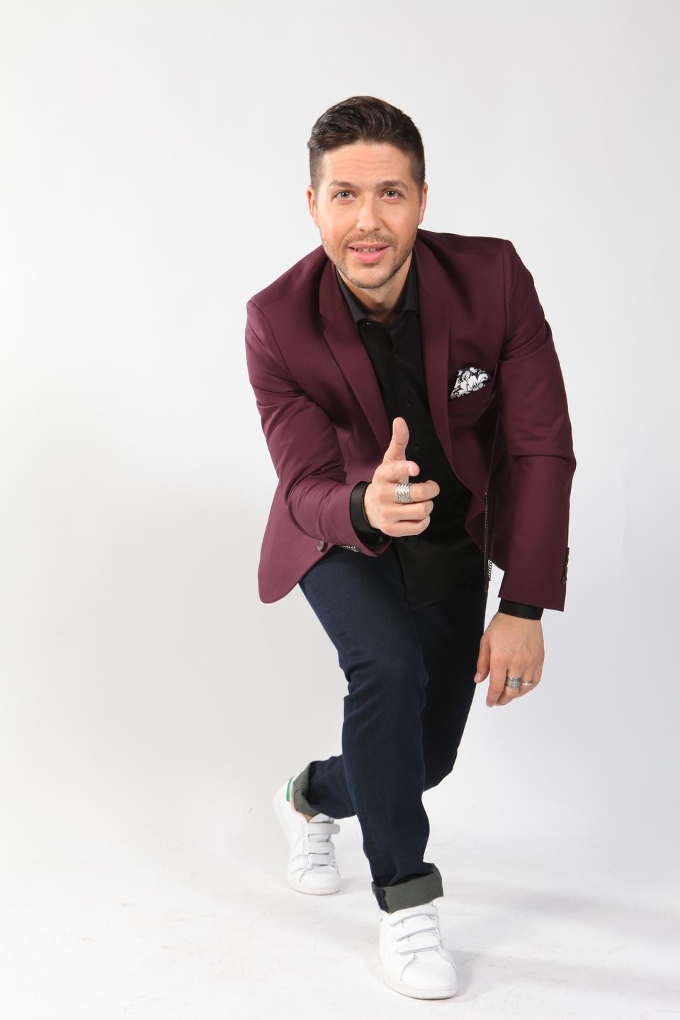 """MODIFICĂRI. Show-ul """"Super Potriveala"""" va fi difuzat în fiecare vineri, de la ora 23:00, la Kanal D! Începand de vineri, 15 septembrie, emisiunea prezentata de Jorge va putea fi urmarita imediat dupa serialul feonomen """"Patria mea esti tu!"""""""