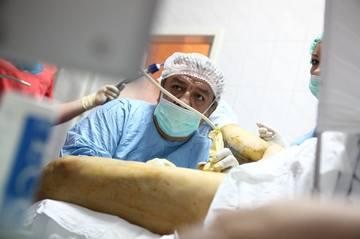 """Regele varicelor"" vrea 110.000 euro de la Simona Gherghe! Celebrul medic a actionat-o in instanta pe vedeta aflata in concediu maternal | EXCLUSIV"