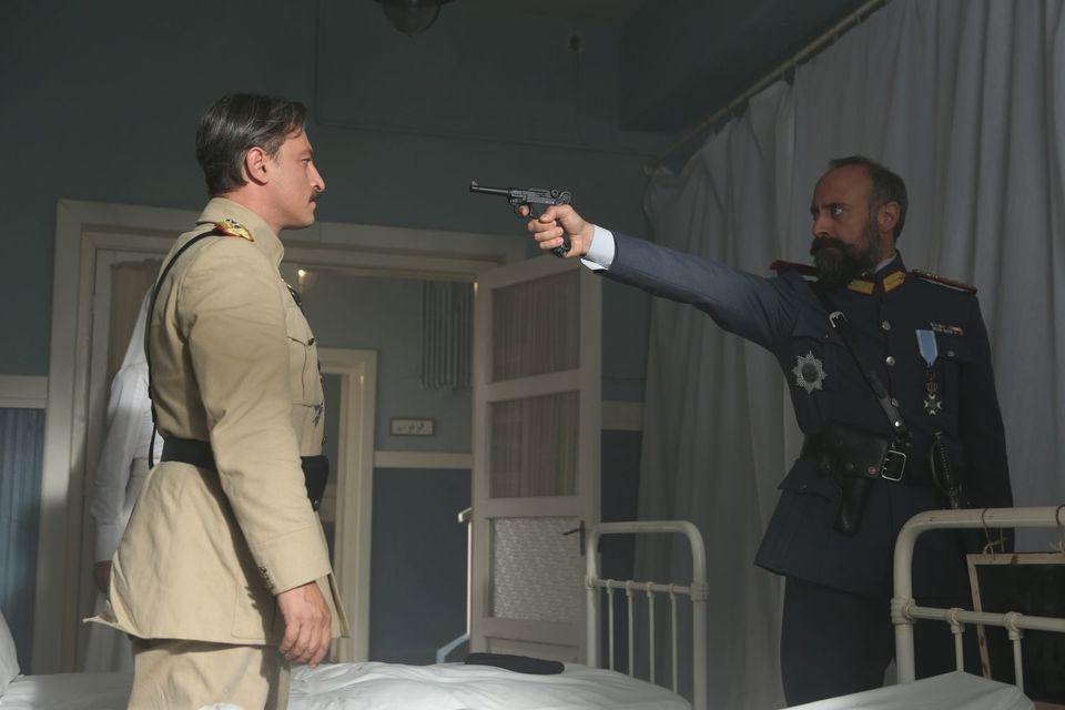 """O """"tradare"""" care va schimba vietile tuturor! Comandantul Cevdet vrea sa schimbe cursul razboiului, in """"Patria mea esti tu"""", azi, de la 20.00, la Kanal D"""