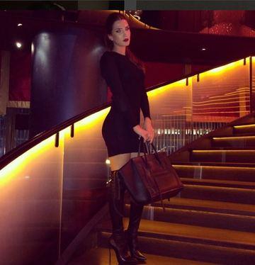 Cat de frumoasa este fiica lui Stelian Ogica! Raluca Ropotan are stil si se poate lauda cu o colectie de genti si pantofi de zeci de mii de euro! FOTO!
