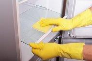 Trucul genial care te va scapa de mirosul neplacut din frigider pentru totdeauna!