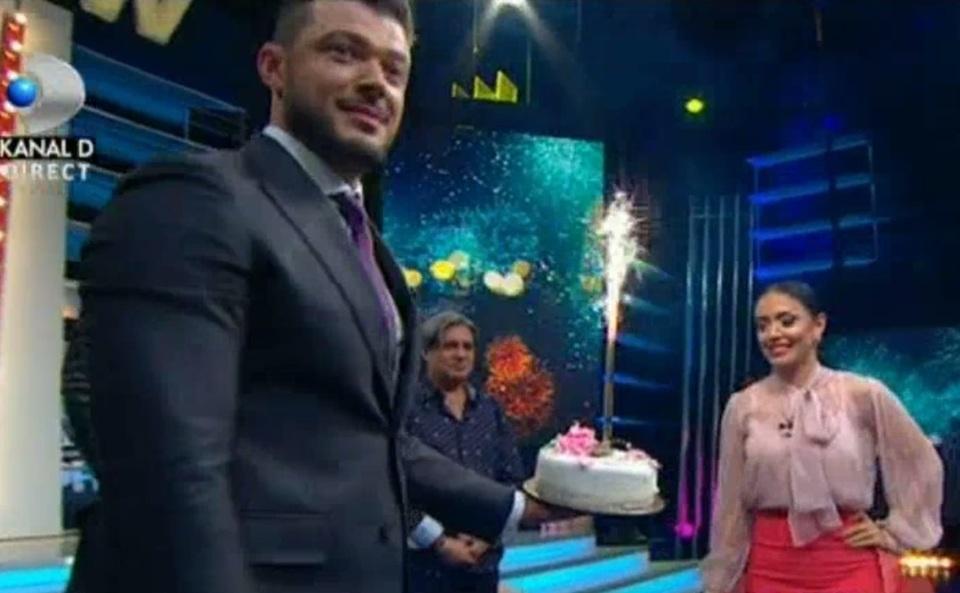 Astazi e ziua de nastere a Andreei Mantea! Ce surpriza i-au facut colegii