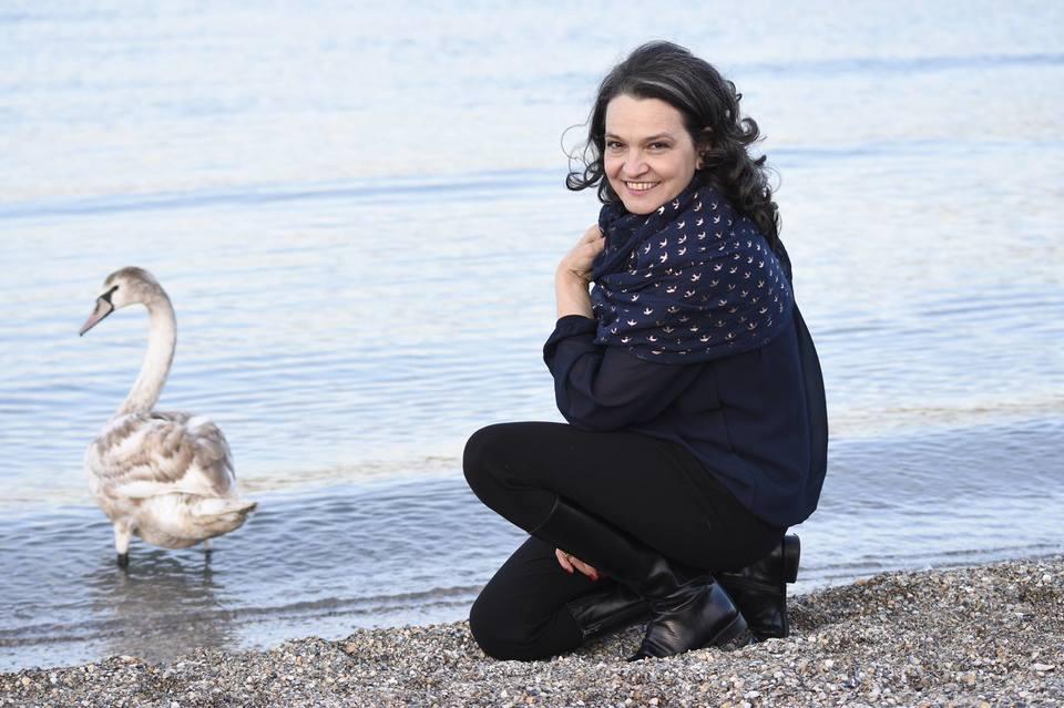 "Ileana Sipoteanu: ""Traiesc! Va rog sa nu va mai faceti griji pentru mine!"" Cantareata fusese data disparuta de fani, dar acum si-a linistit apropiatii"