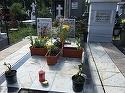 """Cum arata mormantul lui Iurie Darie dupa furtuna de acum doua zile! Angajatii cimitirului Sfanta Vineri sunt socati """"E singurul loc de veci care arata asa"""" VIDEO EXCLUSIV"""