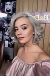 Diana Dumitrescu, schimbare de look radicală! Vedeta a renunţat la blondul care a consacrat-o