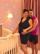 Prima imagine postata de Tavi Clonda, dupa ce sotia lui a nascut o fetita! Toti l-au felicitat