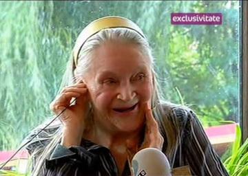"""Zina Dumitrescu face lumina in cazul """"iubitului"""" de la azil: """"Stam de vorba, ne plimbam, dar nu suntem impreuna! Suntem doar colegi"""""""