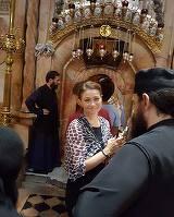 "Fotografie uluitoare cu Corina Danila! Vedeta tv s-a botezat in apa Iordanului, imbracata intr-o camasa alba, de matase: ""Se spalara pacatele, soro!"""