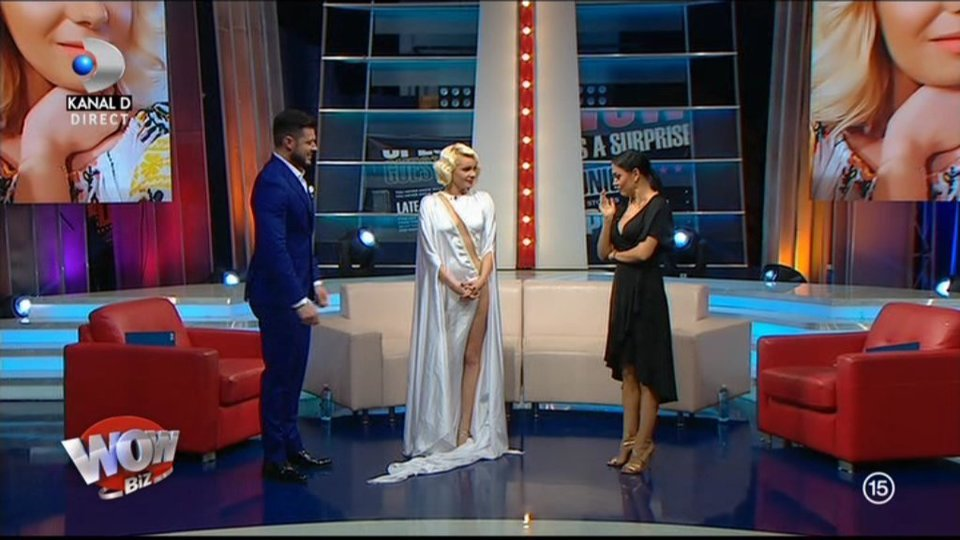 Maria Constantin, apariţie de infarct în platoul emisiunii WOWbiz! A purtat sau nu lenjerie intimă?!