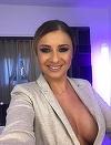 Anamaria Prodan a facut senzatie pe plaja! Cum arata sexy impresara in costum de baie