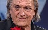 """Prima aparitie a lui Florin Piersic dupa ce s-a spus ca e grav bolnav! Cum arata acum actorul de 81 de ani: """"Nu sunt bolnav, sunt bine-sanatos"""""""