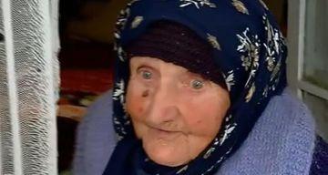 Teo Trandafir i-a facut o surpriza colosala doamnei Maria, batrana de 94 de ani care a impresionat o tara intreaga! Femeia si-a pierdut doi copii in acelasi an, iar al treilea sufera de cancer