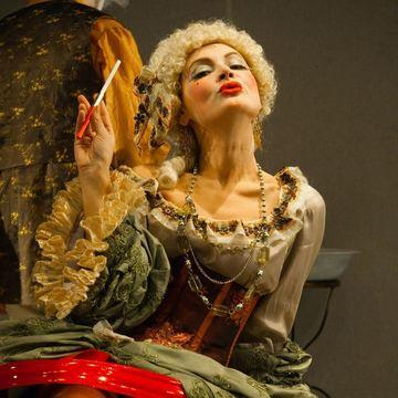 O actrita a reclamat-o pe Maia Morgenstern la primarul Gabriela Firea ca si-a angajat fiul la Teatrul Evreiesc si ca si-a bagat fiica de 15 ani in mai multe spectacole!  Vezi cum reactioneaza celebra artista! | EXCLUSIV