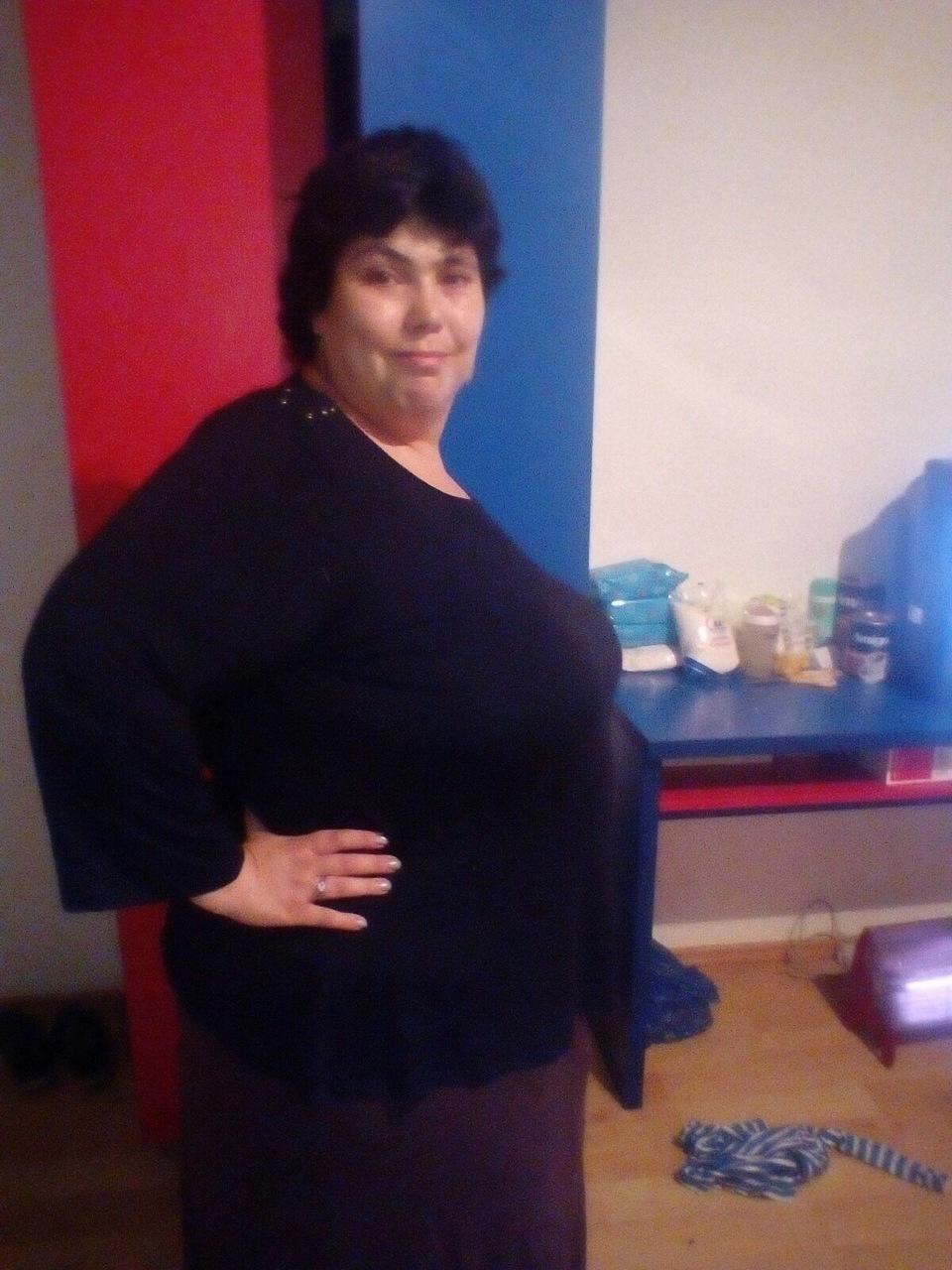 Si-a pus inel gastric si a slabit 15 kilograme! Asa arata acum Ioana Tufaru, dupa ce in urma cu doua luni cantarea 165 de kilograme! FOTO EXCLUSIV!