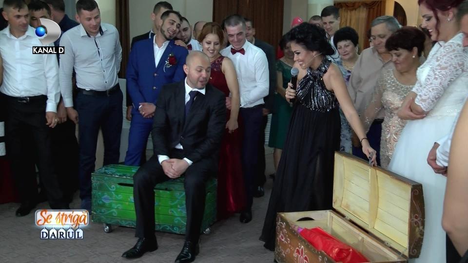 """In aceasta seara, la """"Se striga darul"""", de la ora 20:00, doar la Kanal D: Andreea Mantea, ursitoare pentru Mihai Mitoseru!"""