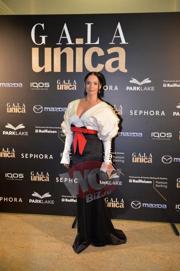 Andreea Marin, reactie de milioane cand a auzit numele Laviniei Pirva, la un eveniment monden! Actuala sotie a lui Banica Jr a fost nominalizata la premii, dar n-a castigat nimic! Video Exclusiv!