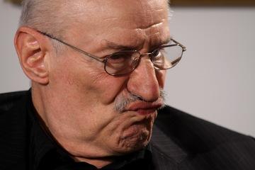 "Scandalul epocal dintre Rebengiuc si Stela Popescu! ""Pai, cine e Stela Popescu, care spune aceleasi bancuri de 50 de ani?"""