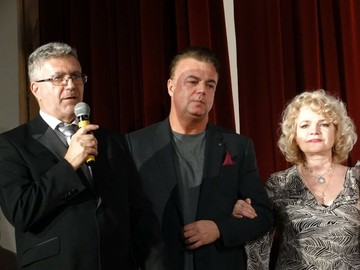 Cum arata tatal Mihaelei Runceanu la 28 de la moartea dramatica a cantaretei! Batranul a fost prezent la ultimul spectacol sustinut in memoria marii vedete a muzicii romanesti