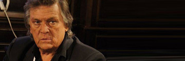 """Ce a facut Florin Piersic la o saptamana de la inmormantarea Stelei Popescu! Actorul nu a ratat o plecare in Copenhaga! Cum s-a prezentat, la 82 de ani, """"Margelatul"""" in fata comunitatii de romani din Danemarca"""