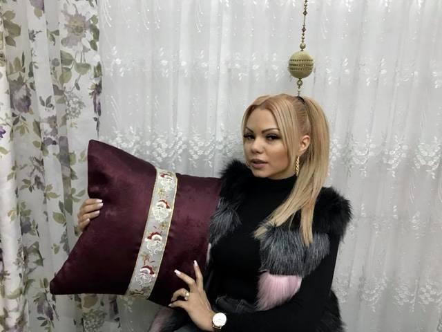 Beyonce de Romania, de nerecunoscut de cand a aflat ca este suspecta de cancer! Ce au observat internautii la ultima imagine postata de blondina