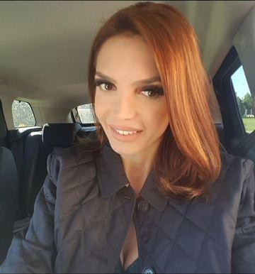 Cristina Spatar, mai sexy ca niciodata. Are 45 de ani, dar uite ce decolteu CRIMINAL a etalat la un concert. FOTO!