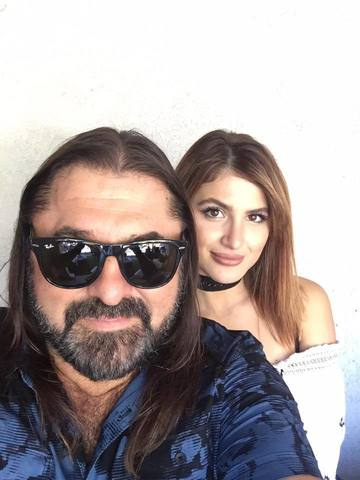 Ce fata frumoasa are Gheorghe Gheorghiu! Andra traieste in America! Vezi cum arata si cu cine se iubeste tanara FOTO