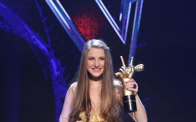 """Ana Munteanu, câştigătoarea show-ului de talente, primele declaraţii: """"Plâng de fericire..."""""""