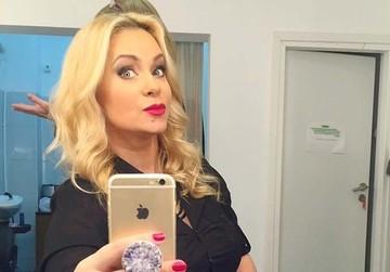 """Paula Chirilă a scăpat """"porumbelul"""" în direct, la TV! Ce va face de Crăciun"""