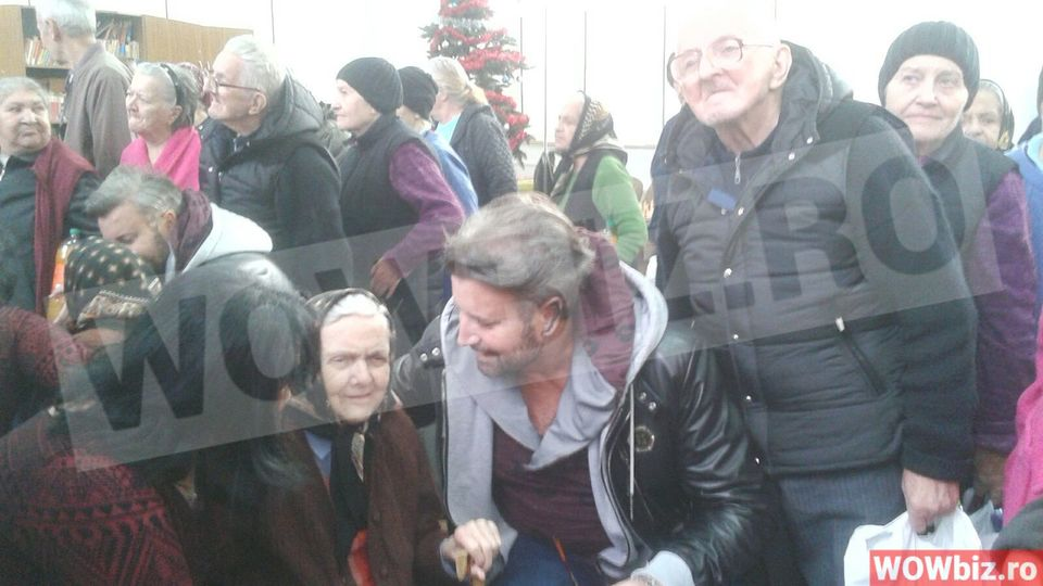 "Catalin Botezatu a izbucnit in lacrimi la un azil! ""M-a impresionat un batran care avea 93 de ani! Mi-a multumit plangand""!"