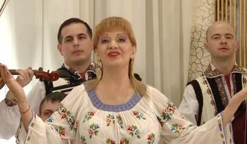 Fostul sot al Ilenei Ciuculete a tinut doliu de Sarbatori pentru cantareata de muzica populara!