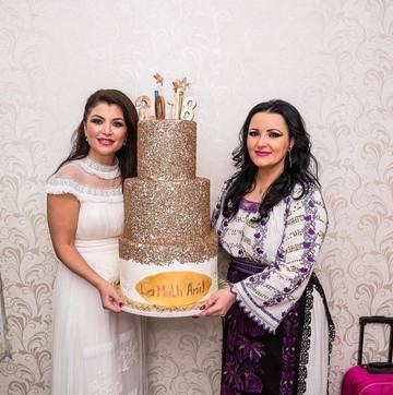 Silvana Riciu si Claudia Ghitulescu au facut un super Revelion al Artistilor! Ce barbat s-a oferit sa le ajute si cum a facut asta!
