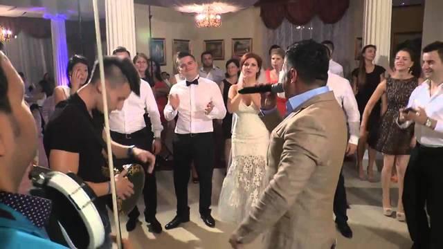 In sfarsit, a cerut-o de nevasta! Se anunta nunta mare printre manelisti