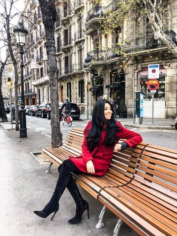 """S-a scris ca se marita sigur anul asta, dar Corina Caragea neaga informatia: """"Nu ma casatoresc acum, nu mi se pare o prioritate"""""""
