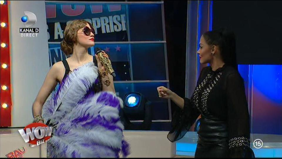 """WOW sau BAU-BAU? Iulia Albu, impresionată total de ţinuta Nicoletei Nucă: """"Îmi place ţinuta ei. Coafura e punctul forte!"""""""