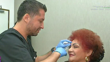 "Elena Merisoreanu, injectii cu botox si acid hialuronic in fata! Totul a fost filmat: ""Varsta isi spune cuvantul"""