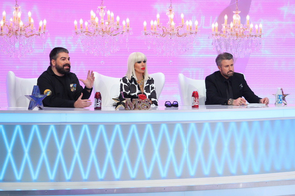 "Silvia, atac dur catre Iuliana: ""Doar 19 ani ai? Credeam ca ai peste 30!"" Porneste scandalul azi, la ""Bravo, ai stil! All Stars"", de la 16.30, la Kanal D"