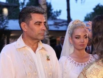 Gata, Maria Constantin si Marcel Toader nu mai sunt nici in acte sot si sotie! Avem certificatul de divort! E final de poveste sau inceputul unui nou scandal? De ce s-a grabit afaceristul sa desfaca mariajul la notar? EXCLUSIV