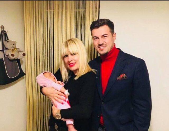 """Elena Udrea, gravida cu gemeni. Primele ei declaratii despre sarcina: """"Voi avea 2 baieti"""""""