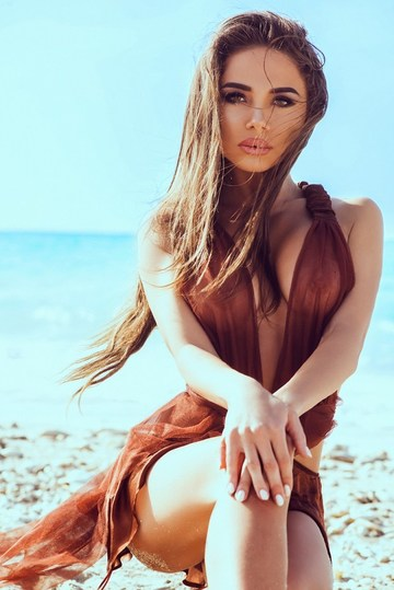 Anastasia Cecati, actriţa ucisă de soţ, era un model celebru! Ultima imagine făcută publică pe reţelele de socializare